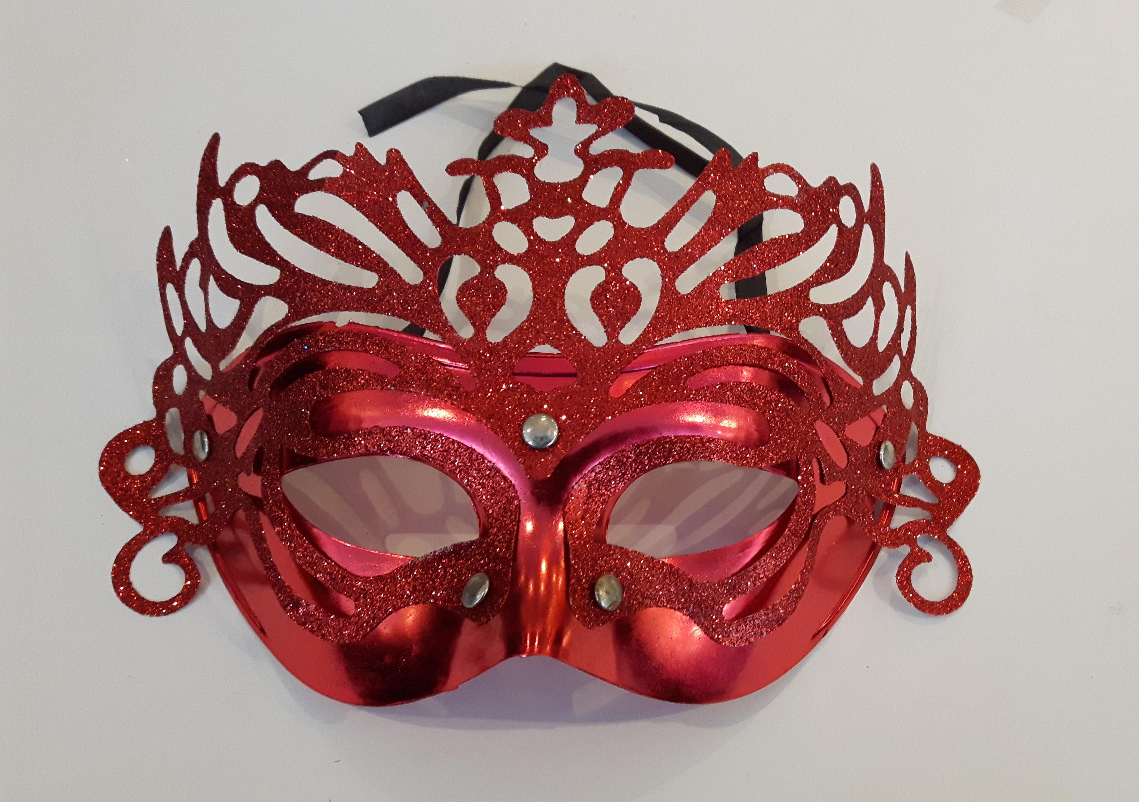 Masker 12